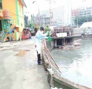 Pengambilan sampel dan pengiriman sampel surveilans lingkungan dalam mendukung ERAPO di PD Pal Jaya Setia Budi